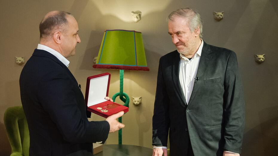 Дирижера Валерия Гергиева наградили «Благодарностью от земли Воронежской»