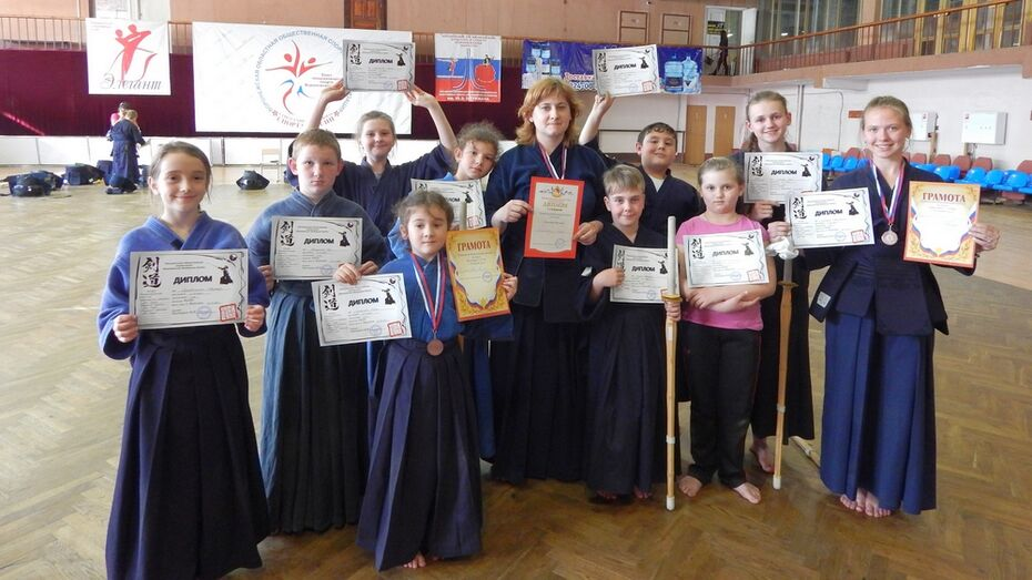 Репьевский библиотекарь стала чемпионом области по кендо