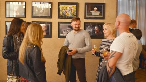 В воронежском Доме актера открылась фотовыставка юриста из Семилук