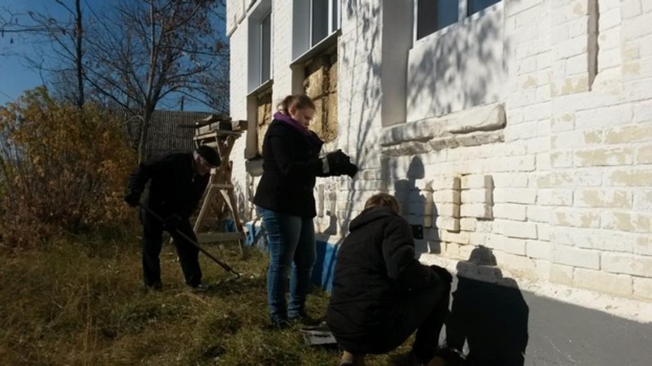 Павловская молодежь приняла участие в православном субботнике
