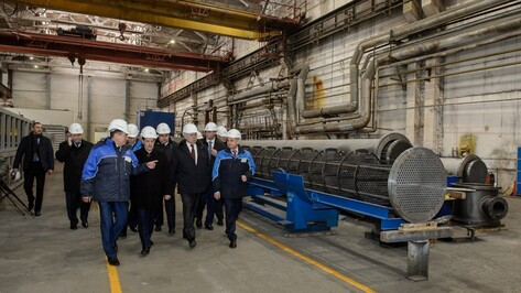 «Лукойл» подыщет оборудование для морских проектов на воронежских заводах