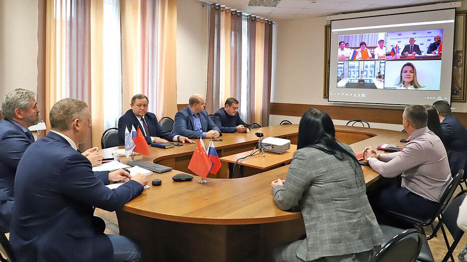 Воронежский вуз подписал соглашение о сотрудничестве с университетом Тайчжоу