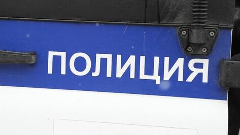 В Воронеже полицейские нашли подозрительную литературу на службе Свидетелей Иеговы