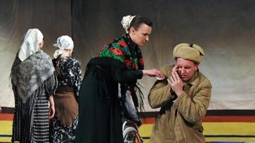 Воронежский «Театр равных» показал «Пустодушие» в Уфе
