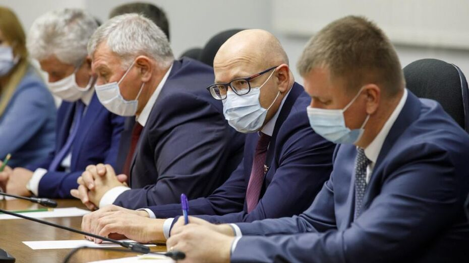 Воронежские депутаты предложили обновить автопарк «скорой» в 2021 году