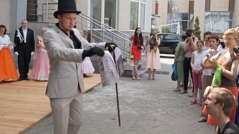 На краеведческом фестивале «Старый Воронеж» 300 горожан пообщались с гостями из прошлого