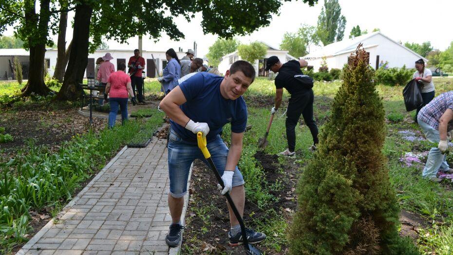 Сотрудники Нововоронежской АЭС поучаствовали во всероссийской экоакции «Зеленая Весна»