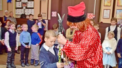 В Грибановке 40 детей из малообеспеченных семей получили подарки на балу