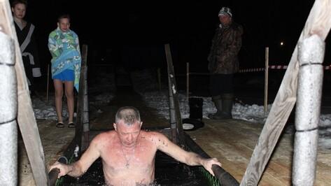 В Таловском районе подготовят 8 мест для крещенских купаний