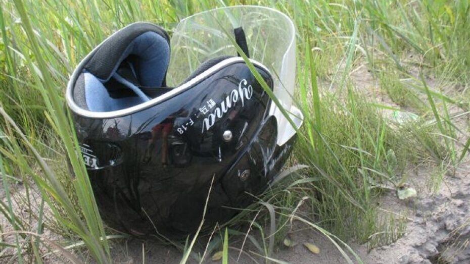 Под Рамонью в аварии пострадали байкер и его пассажирка