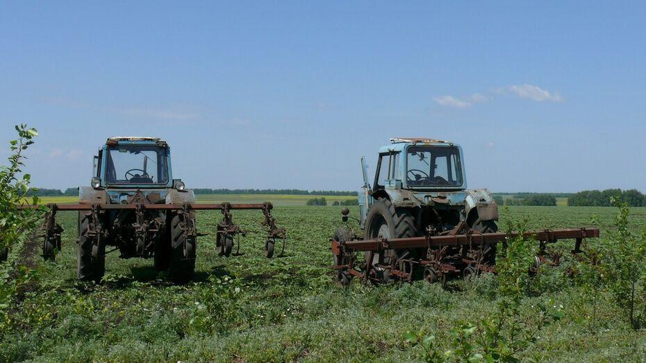 В Грибановском районе сельчанин угнал с фермы трактор