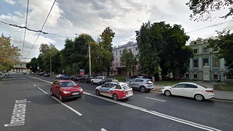 Бульвар в центре Воронежа оборудуют системой автополива за 1,5 млн рублей