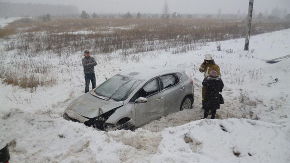 В ДТП под Рамонью пострадала женщина-пассажир