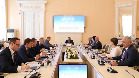 Председатель Воронежской облдумы принял участие в заседании Совета законодателей РФ