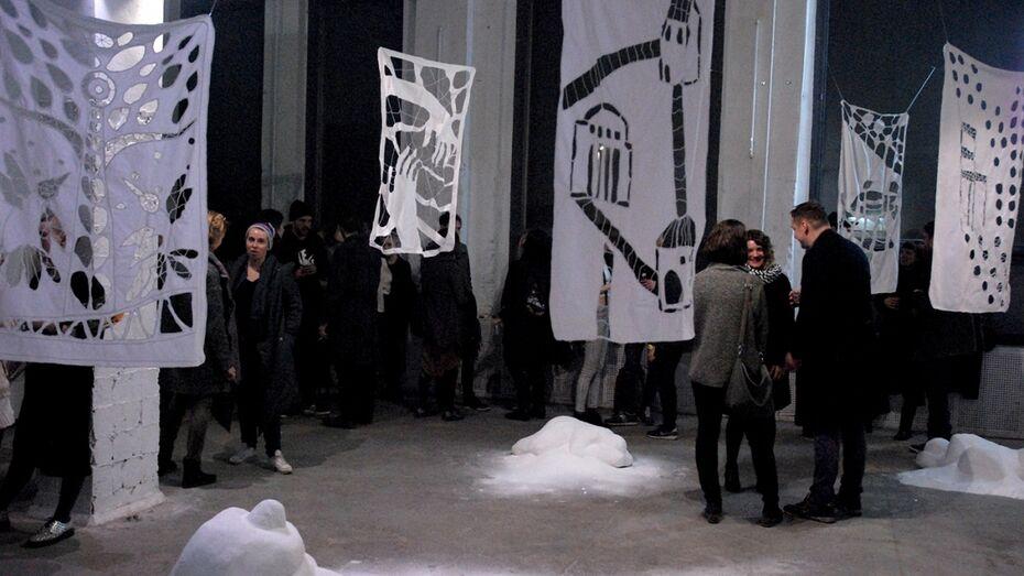 Московская художница Янина Черных покажет воронежцам «Спящую красавицу»