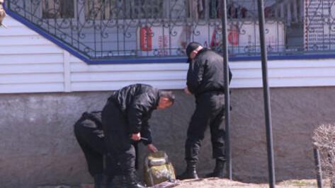 Житель Воронежской области оставил на автостанции в Анне предмет, похожий на взрывное устройство