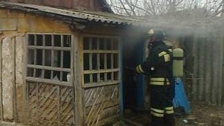 Пожилая женщина пострадала при пожаре в Воронеже