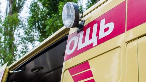 В Верхнемамонском районе столкнулись УАЗ и КамАЗ: пострадали 4 человека