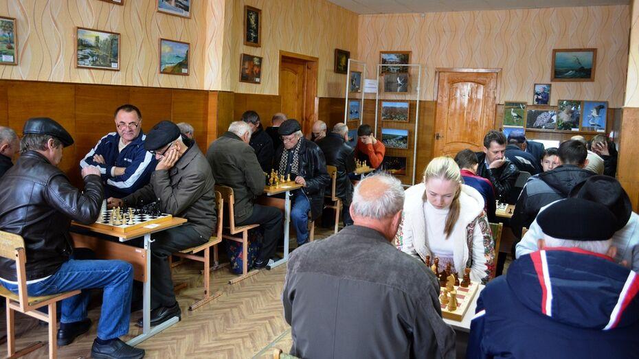В Петропавловке прошел межрайонный шахматный турнир