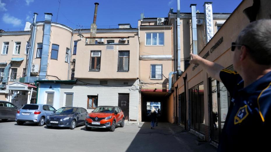 Дом с отклонением. Воронежцы выступили против пятиэтажки на проспекте Революции