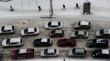 Из-за резкого похолодания воронежцев попросили пересесть на общественный транспорт