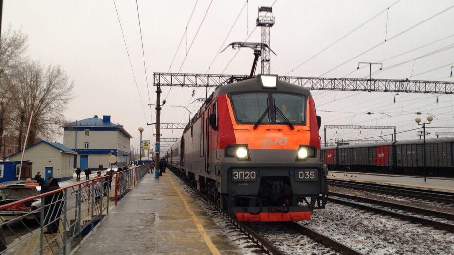 На станции Воронеж-Курский от удара тока погиб работник комбикормового завода