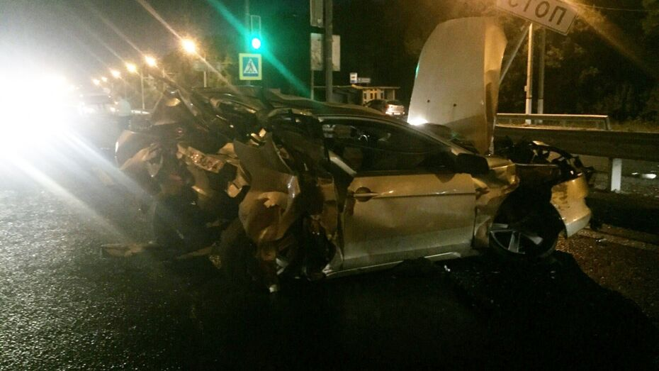 Воронежец на Mitsubishi погиб при столкновении с Porshe Cayenne