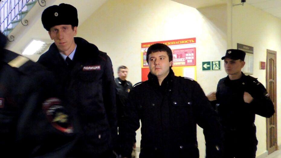 Воронежский суд отпустил Ельшина домой из-за плохого здоровья и хороших характеристик