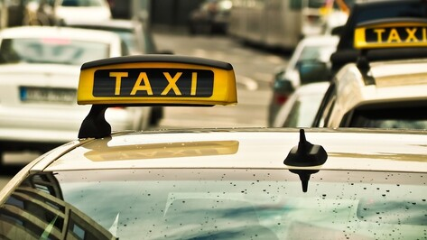 В Воронеже заработал сервис заказа такси Uber