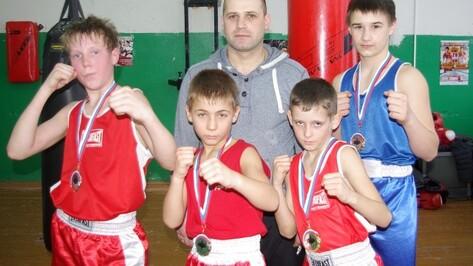 Грибановские боксеры вернулись с победой с Всероссийского юношеского турнира