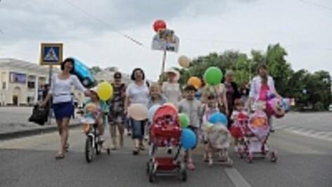 В Поворино сегодня пройдет парад колясок