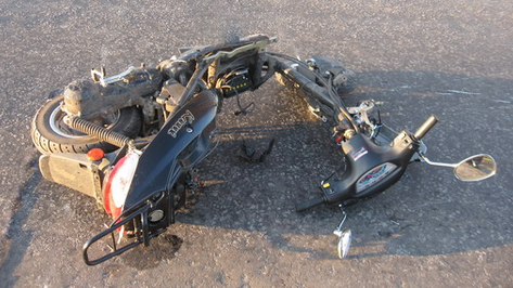 В Таловой от столкновения с ВАЗ-21150 погиб пассажир мопеда