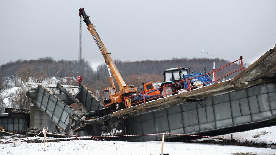 Четверо рабочих, пострадавших при повторном обрушении моста под Борисоглебском,  остаются в больнице