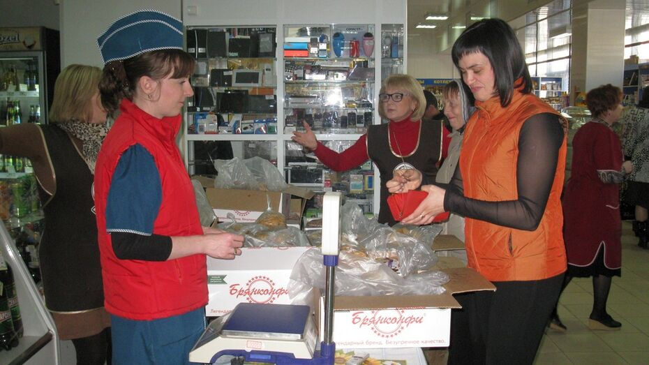 В Семилукском районе оборот в розничной торговле упал на 10%