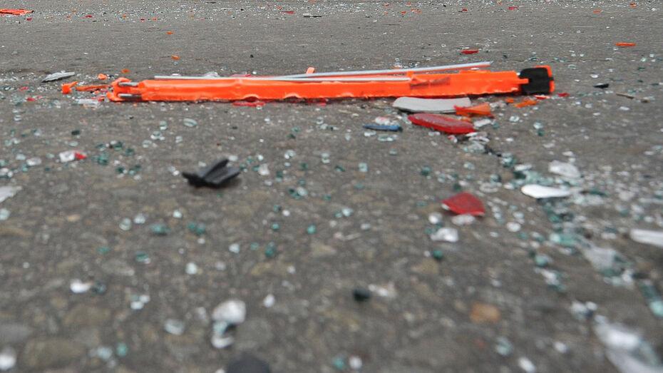 Школьник попал в больницу после автомобильной аварии под Воронежем