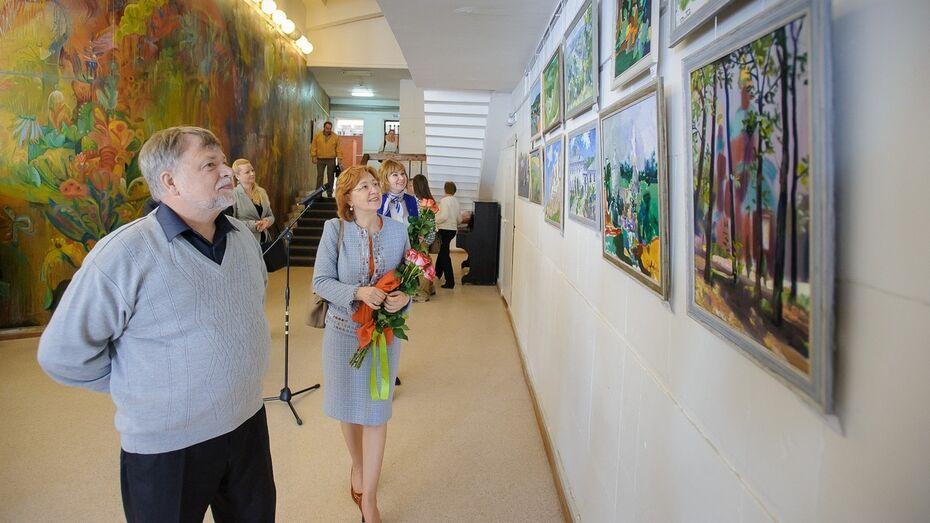 В Воронеже открылась выставка с III международного пленэра «На родине Крамского»