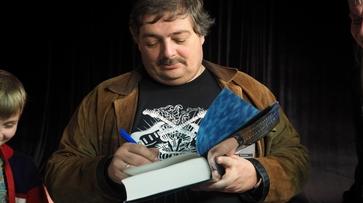 Публицист Дмитрий Быков в Воронеже: «Меня спасут понты»
