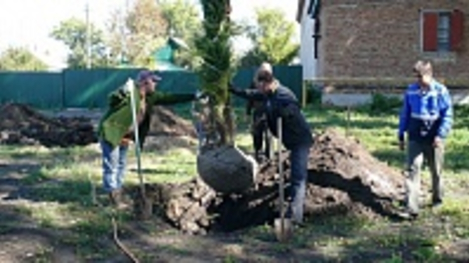 В Подгоренском районе пограничники заложили камень на месте будущего мемориала