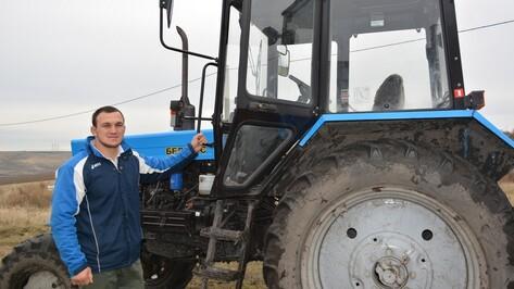 Молодой фермер из Нижнедевицкого района получил грант 2,5 млн рублей
