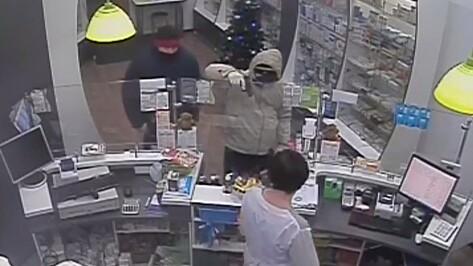 Серийные грабители аптек пойдут под суд в Воронеже
