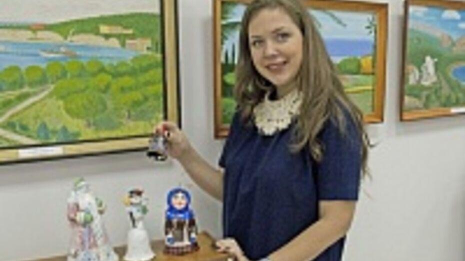 В лискинском соборе Владимирской иконы Божьей матери открылась выставка сувенирных колокольчиков