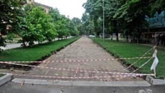 В Воронеже проезд по Карла Маркса закроют от машин автоматическими столбами