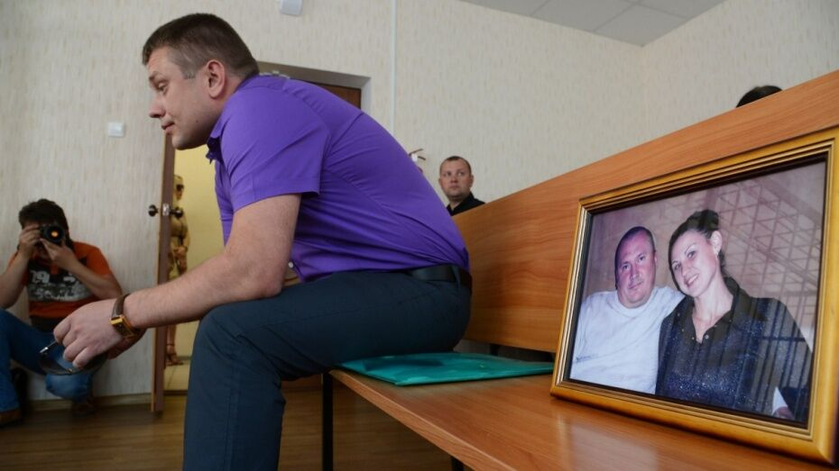Виновник гибели семейной пары под Воронежем уехал в Перелешинскую колонию