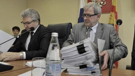 Суд отказался прекращать уголовное дело против Александра Шипулина
