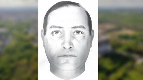 Извращенца, раздевшего в подъезде воронежского школьника, до сих пор не нашли