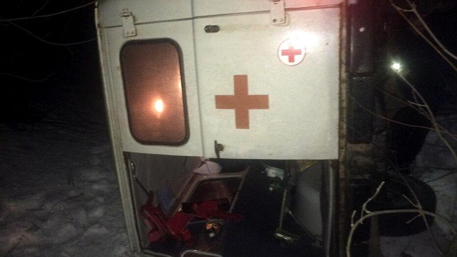 «Скорая» перевернулась в Воронежской области: пострадала 81-летняя пациентка