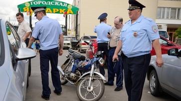 В Борисоглебске водитель мопеда сбил женщину у сельского рынка