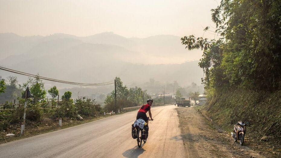 В Юго-Восточной Азии воронежские велосипедисты преодолели самый высокий перевал на своем пути в две тысячи метров