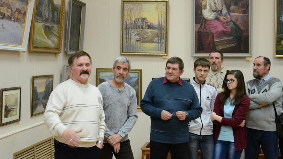 В Острогожском музее открылась выставка картин Александра Горешнева