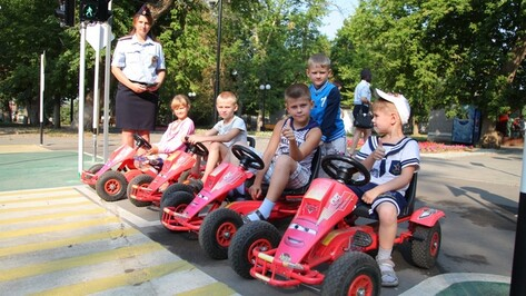 В Острогожске построили детский автогородок